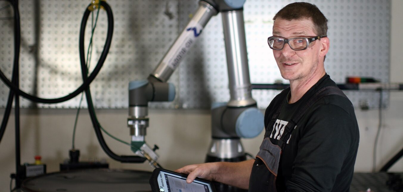 Welding robot opens up new possibilities for both RIVAL's customers and Ole